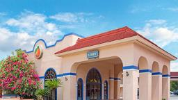 Travelodge Suites Kissimmee
