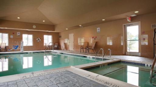 Best Western Plus New Cumberland Inn Suites