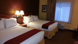 hōm Hotel + Suites