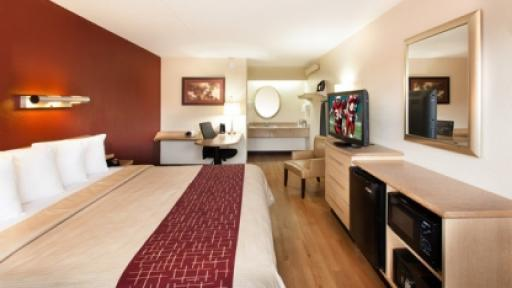 Last Minute Discount At Red Roof Inn Dearborn