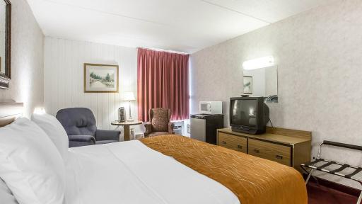 ... Econo Lodge Inn U0026 Suites Plattsburgh ...