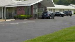 Monticello Inn Framingham