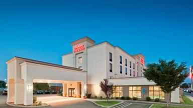 Hampton Inn & Suites West Haven
