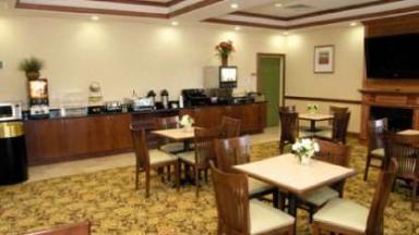 Country Inn & Suites Hanover Ashland