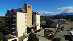 Riverside Towers Pigeon Forge