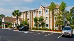 Microtel Inn & Suites Brunswick