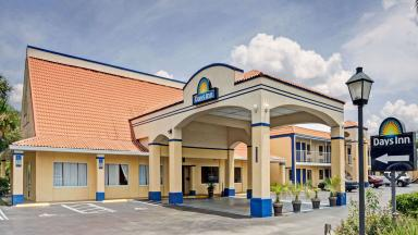 Days Inn Jacksonville South/Near Memorial Hospital