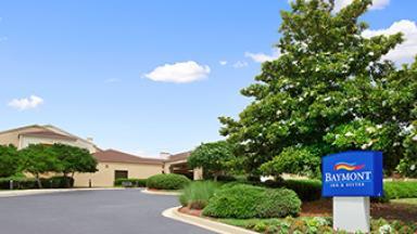Baymont Inn & Suites Columbia Northwest