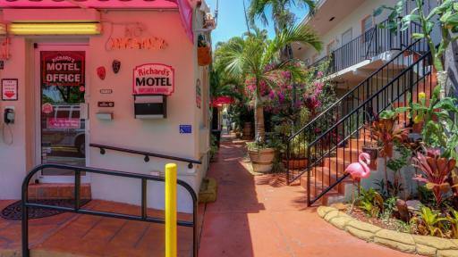Richards Motel Hollywood Fl