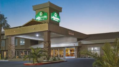 La Quinta Return Policy. Reservations may be cancelled either online or by phone, although penalties or fees may apply. Submit a Coupon. Sharing is caring. Submit A Coupon for La Quinta here. Store Rating. Click the stars to rate your experience at La Quinta.