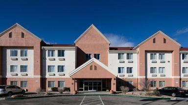 Baymont Inn & Suites Albuquerque Airport