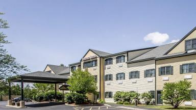 Portland maine hotel discounts for Super 8 freeport maine