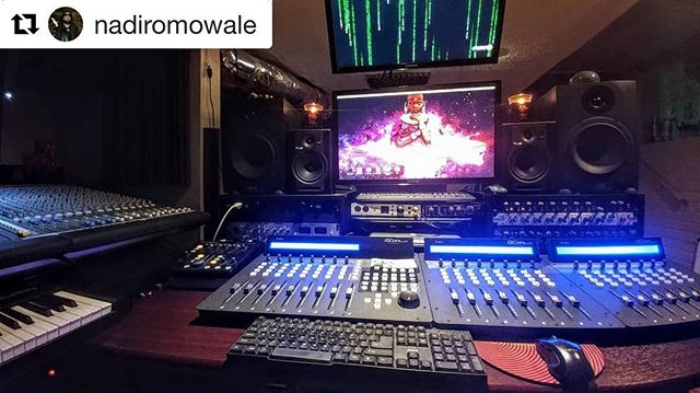 Wow look at this! This picture was taken by @nadiromowale and it really shows off the QCon Pro G2 and the QCon Ex G2 controllers! ・・・ #QConProG2 #QConEXG2  #BackInBlack #music #producer #iconproaudio