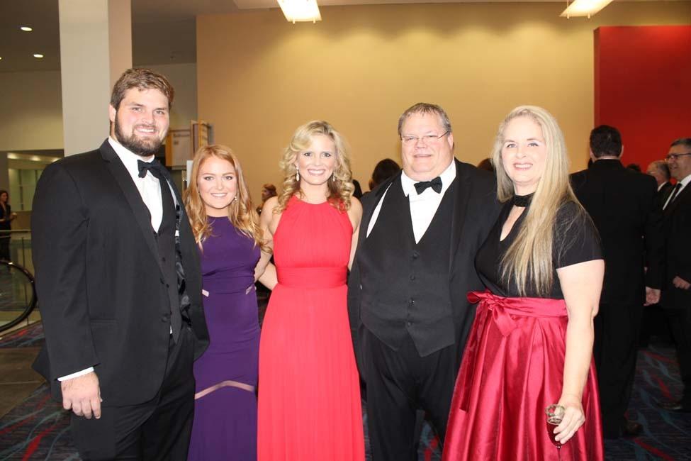 Dylan Hays, Rachel Browning, Cara Chapman, Dr. David and Cindy Hays