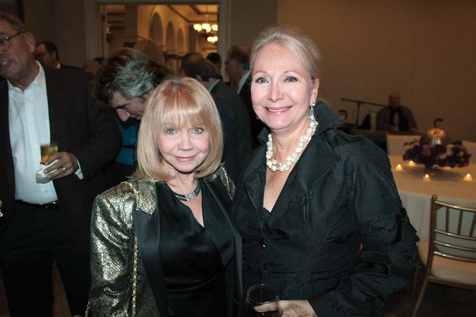 Cindy Murphy, Donna Cone