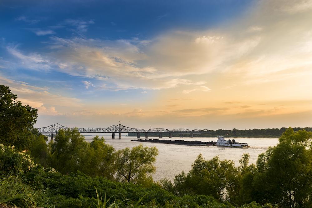 Mississippi River, Vicksburg Bridge in Vicksburg, Mississippi