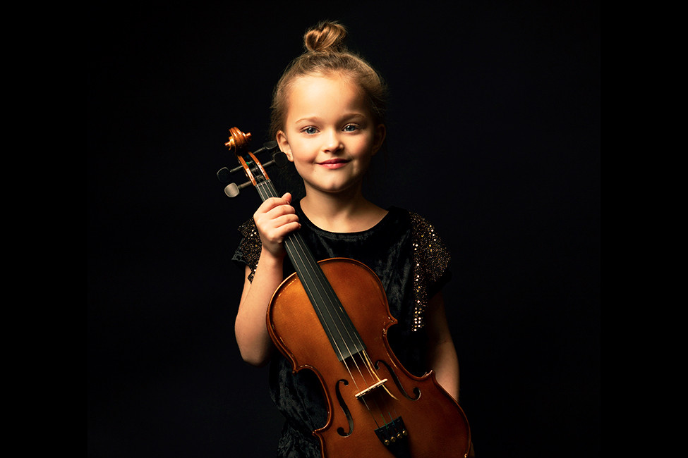 LR Family Arts Music child with violin