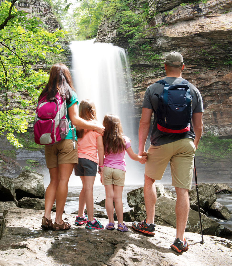 5 Arkansas State Parks Perfect for Family Camping 126379