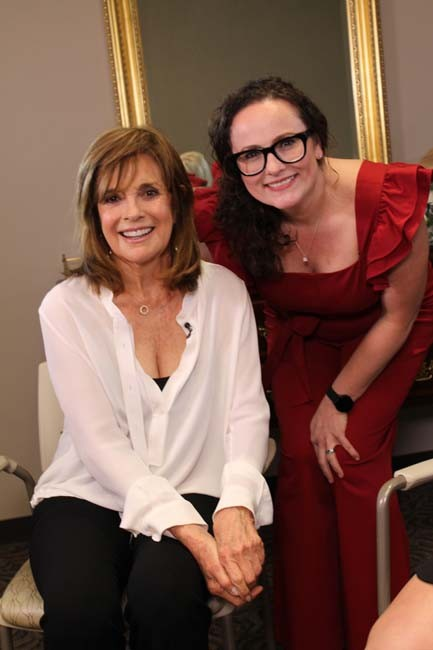 Linda Gray, Mandy Richardson