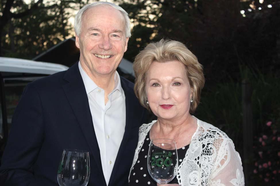 Gov. Asa and Susan Hutchinson