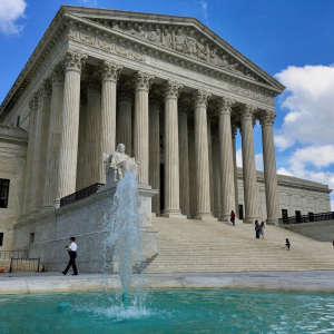 High Court Lets 2015 Arkansas Law Regulating PBMs Stand