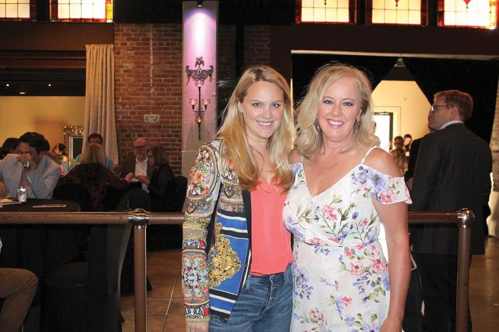 Jessica Casto, Stephanie Birdsong