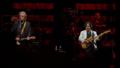 Photos: Hall & Oates in Concert