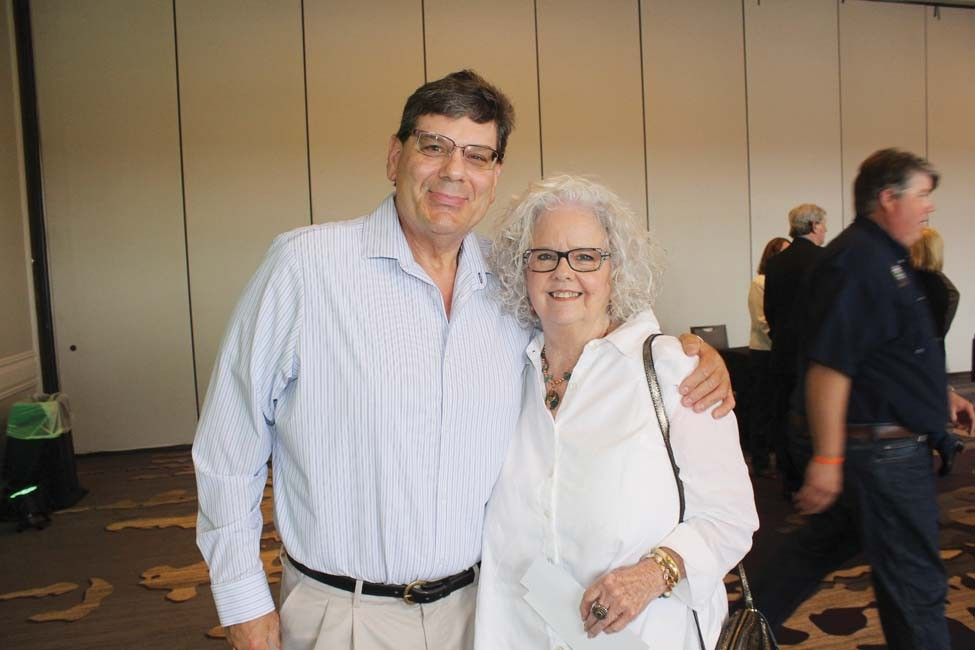 Mike Ihrie, Ruth Anne Richard