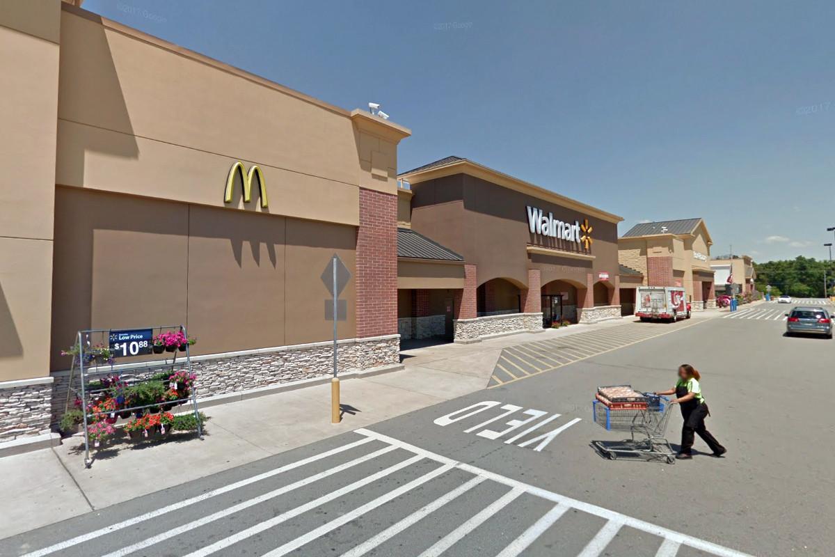 Walmart, Sam's Club Waive Rent, Improve Supplier Financing Program
