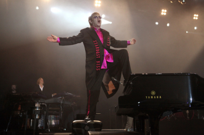 Elton John Adds 2020 Farewell Tour Date at Simmons Bank Arena
