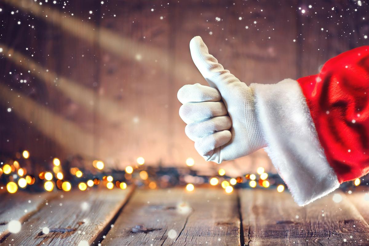 Santa gives thumbs up