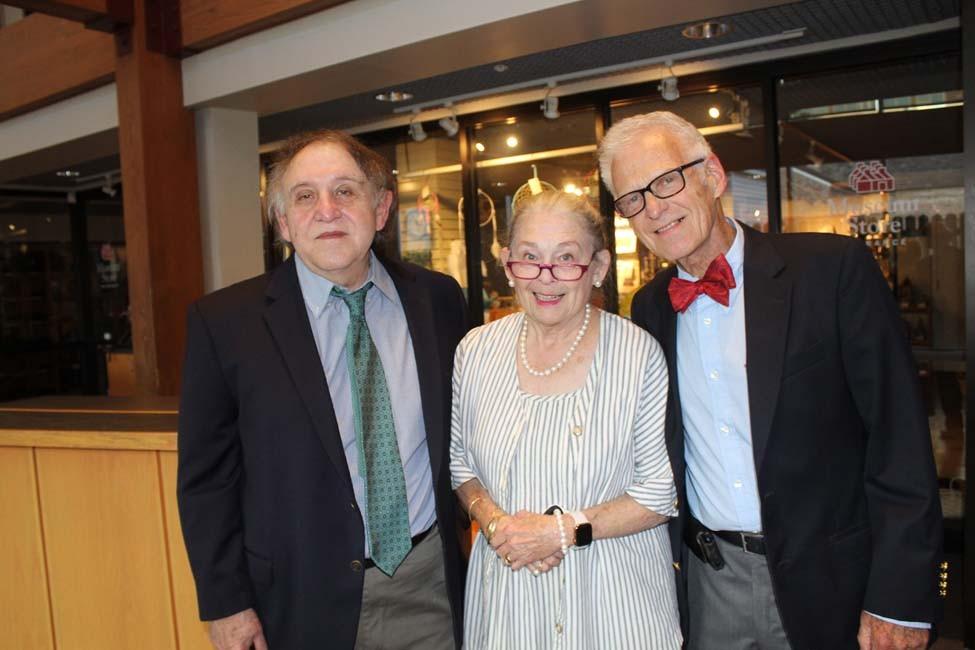 Swannee Bennett, Robin and Harry Loucks