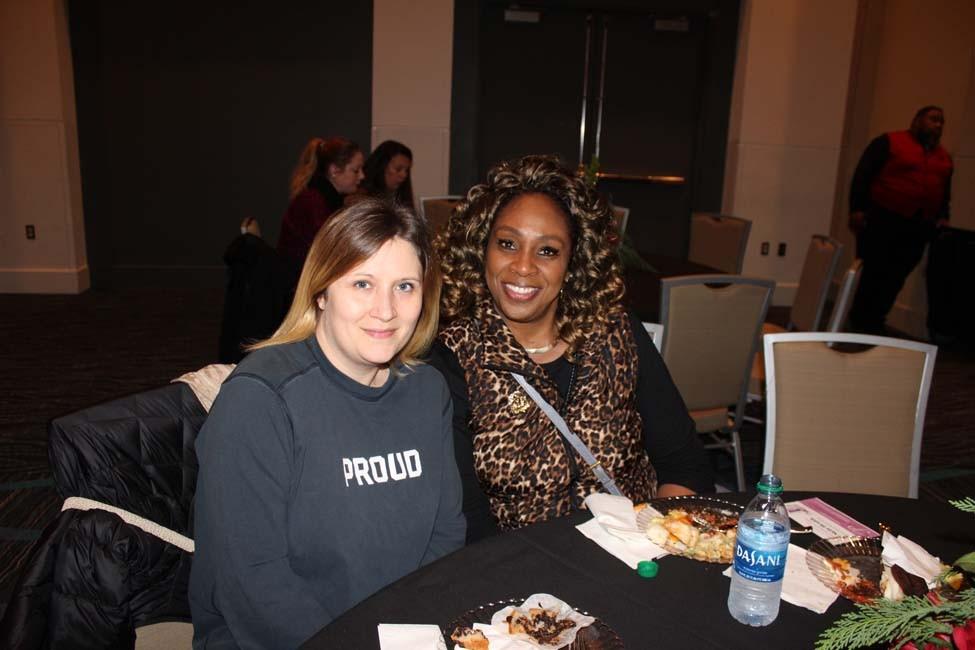 Stephanie Dalton, Jennifer Davis