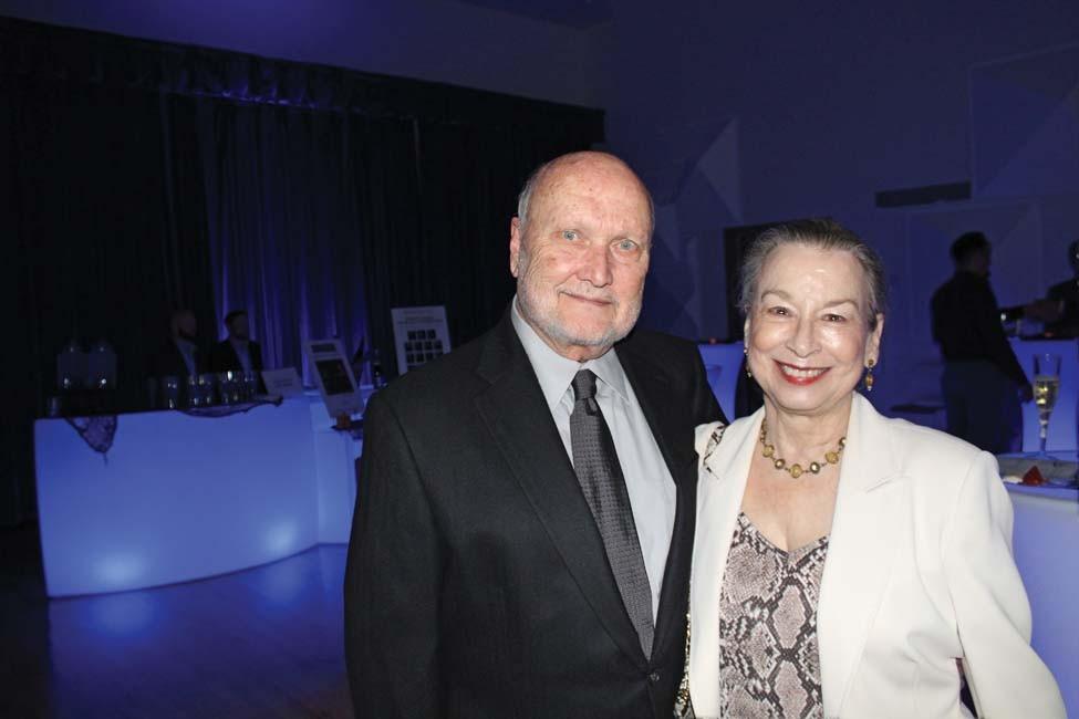 Carl Moneyhon, Susan Petty