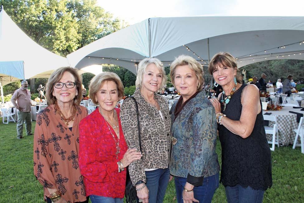 Lynda Sorrells, Mary Lynn Nelson, Laura Sholes, Susan Hutchinson, Julia Stoner