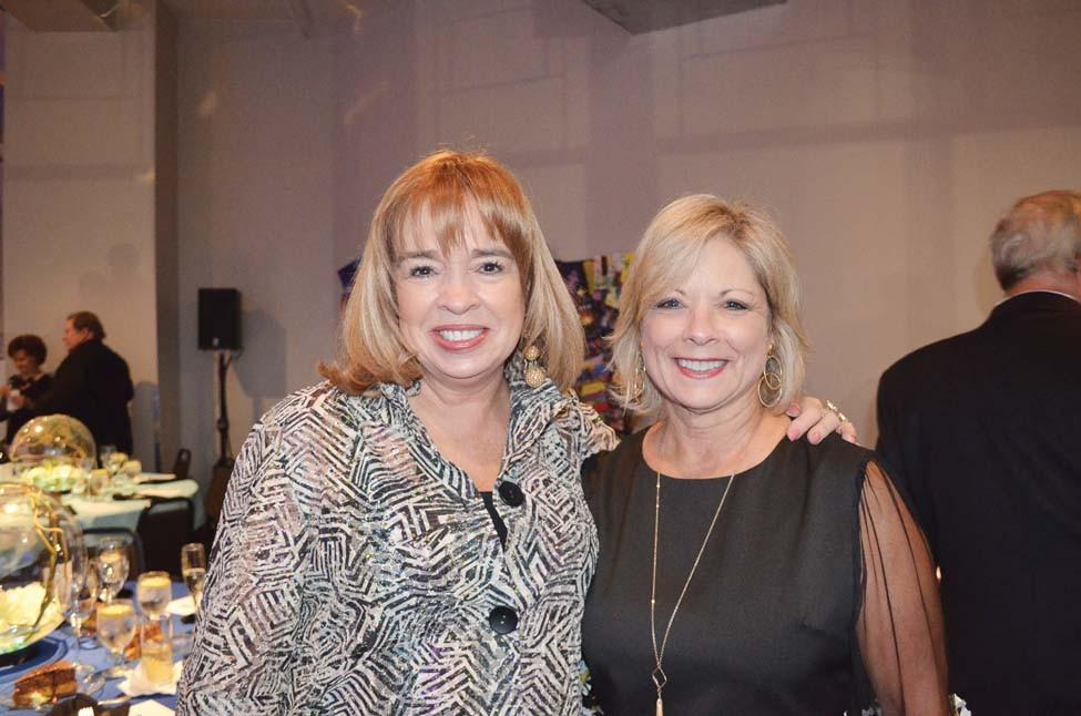 Brianne Bush, Cathey Robbins