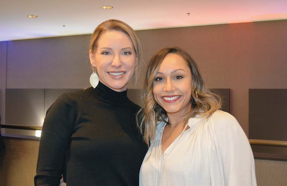 Cora Gray, Erica Fontes