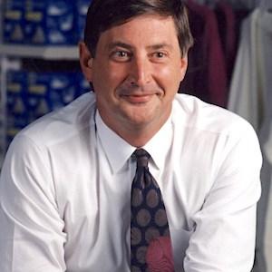 Former Walmart Executive Bill Fields Dies at 70