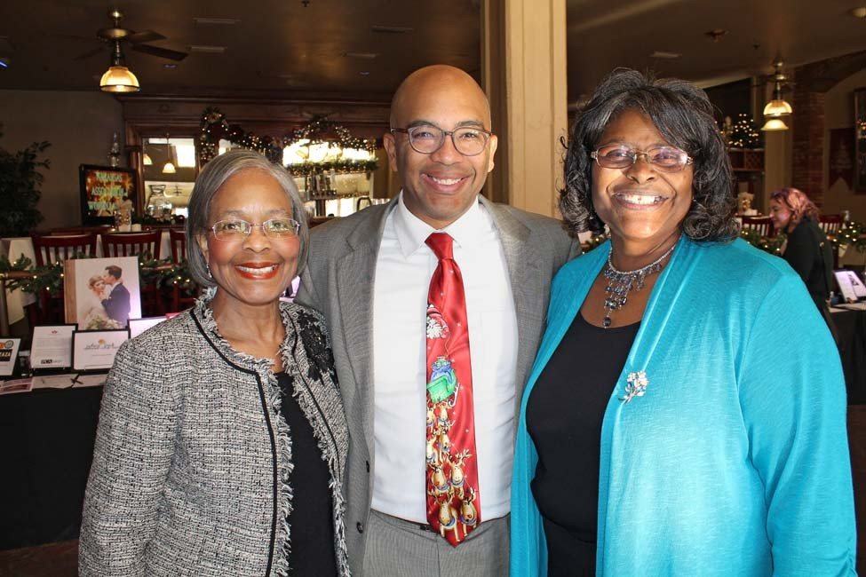 Joyce Williams Warren, Jonathan Q. Warren, Gwen Williams
