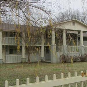 Recent Real Estate Deals Total $905K