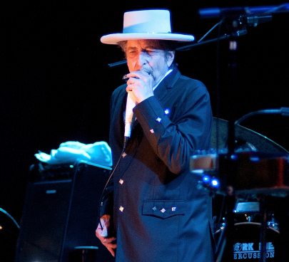 Bob Dylan is Coming to Simmons Bank Arena