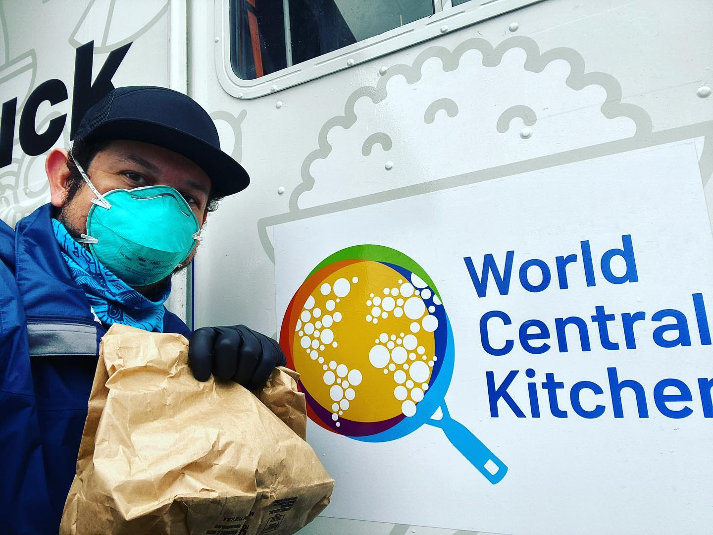 The Lab food truck distributing meals with World Central Kitchen