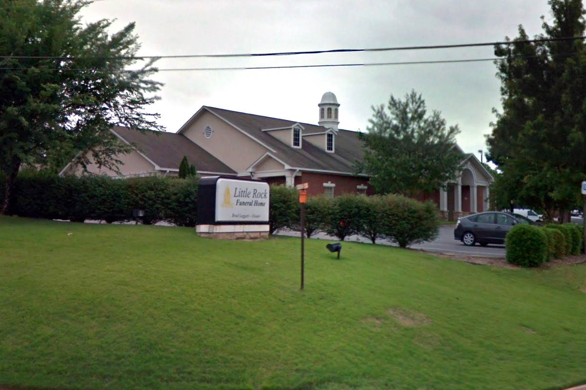 Smith Family Buys Little Rock Funeral Home