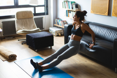 How to Squeeze Quick Workouts Into Your Insane WFH Schedule