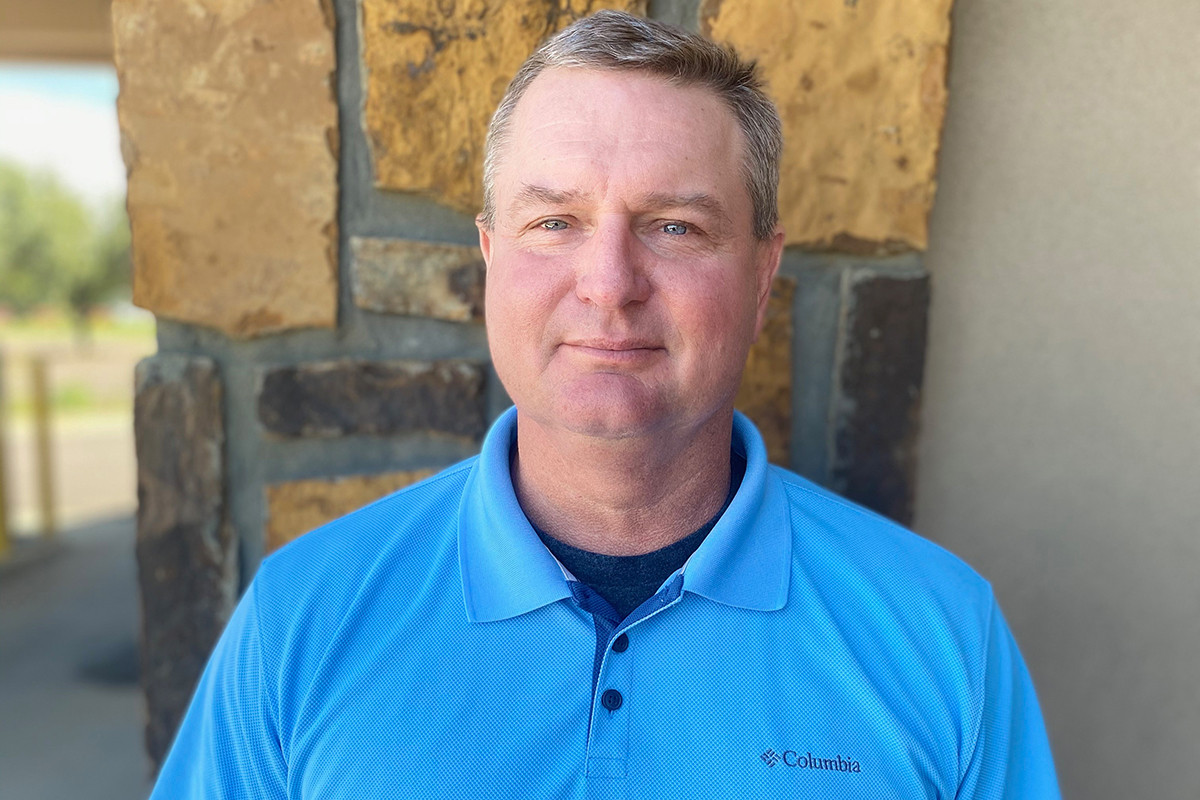 Diamond Bank Names Ward Russellville President  (Movers & Shakers)