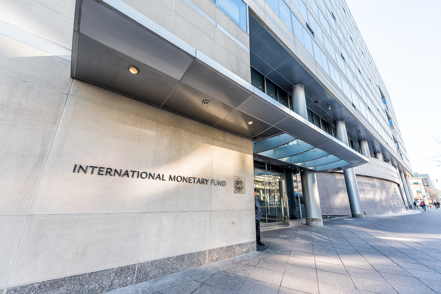 IMF Sees Sharp 4.4% Drop in Global Growth for 2020