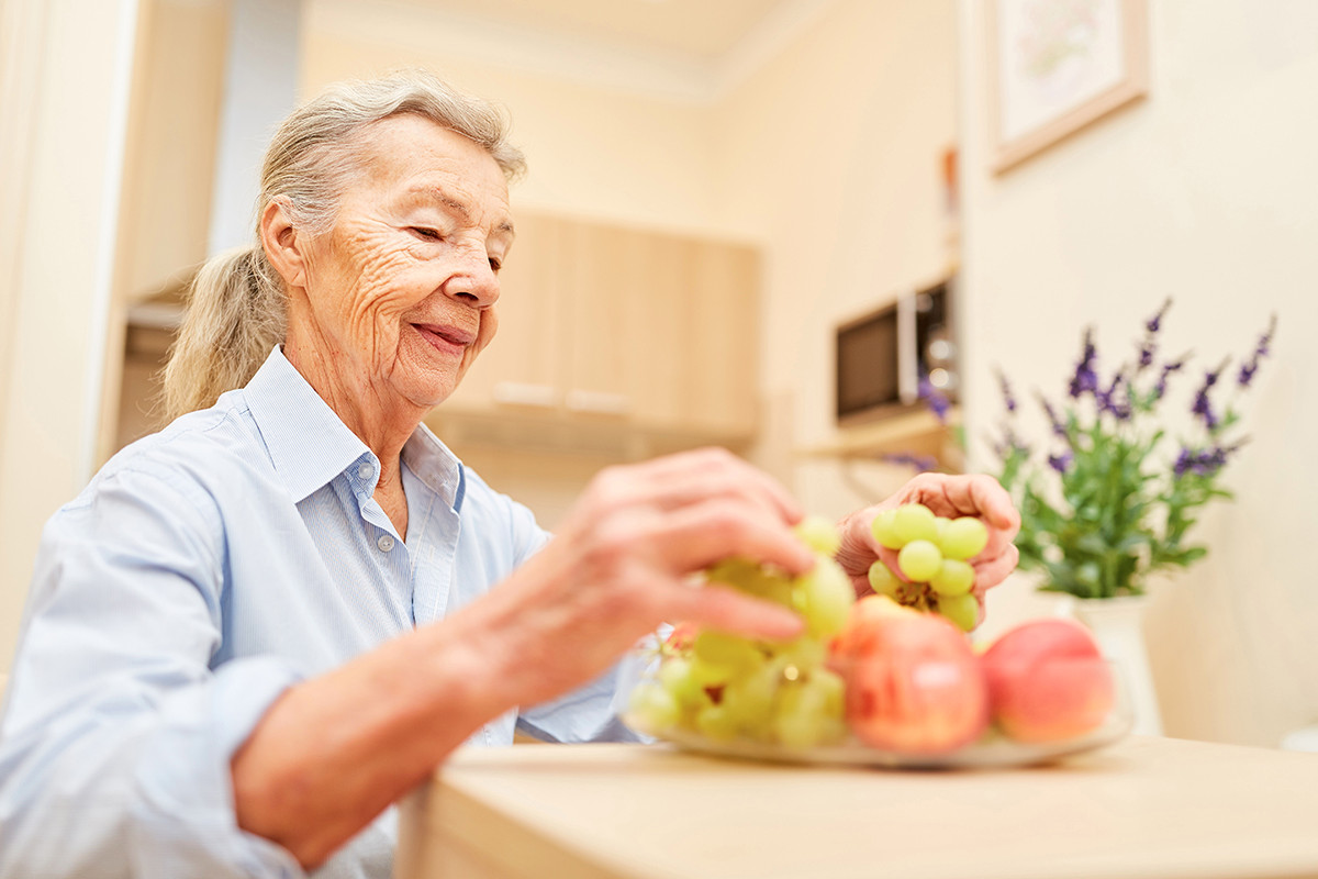 Caregiver 2021 Shutterstock 130791