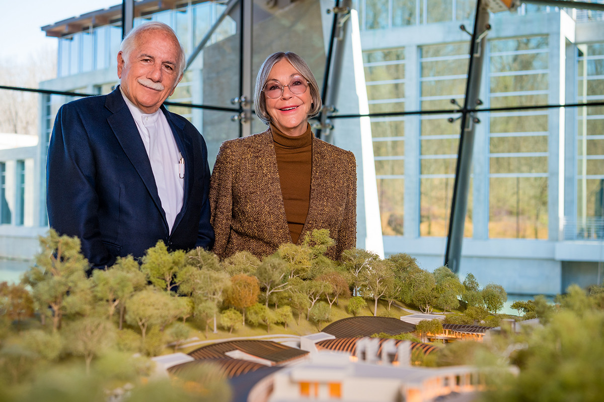 Moshe Safdie, founder of Safdie Architects, and Alice Walton, founder of Crystal Bridges Museum of American Art and board chairperson, will oversee an expansion of the museum in Bentonville.