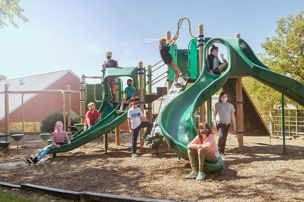 SOIREE LOVES LOCAL 135518 Anthony School playground