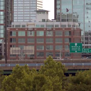 Moses, Tucker Sell Arkansas Capital Commerce Center for $8.5M